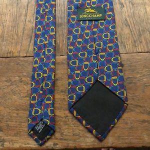 Exquisite tie: for discerning gentleman